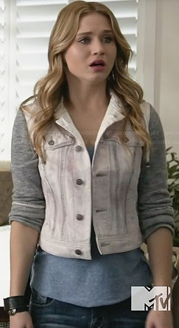 Amy's white hooded denim jacket with grey sleeves on Faking It