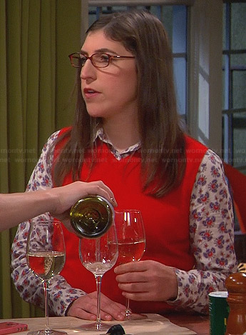 Amy's white shirt with blue and red print on The Big Bang Theory