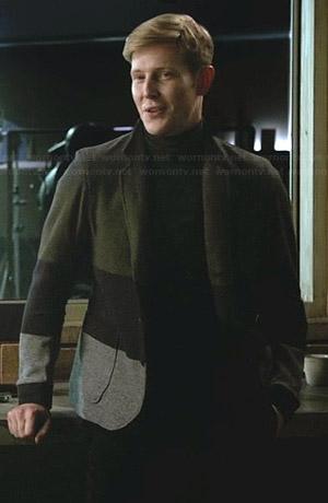Nolan's green and grey colorblock blazer on Revenge