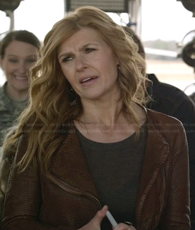 Rayna's brown textured leather jacket on Nashville