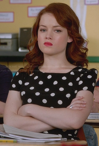 Tessa's black and white polka dot dress on Suburgatory