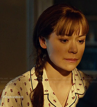 Alison's white and red printed pajamas on Orphan Black