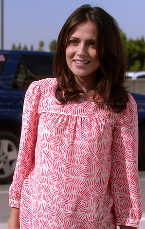 April's white and red printed blouse on Chasing Life