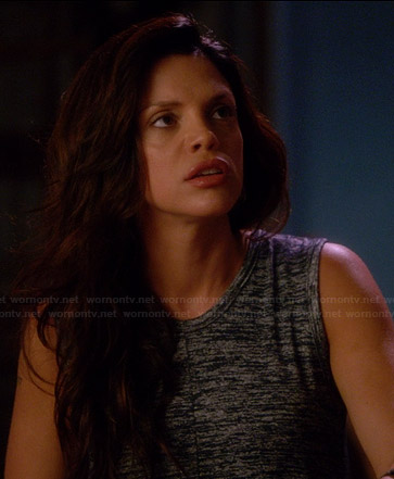 Charlie's grey split-back tank top on Graceland