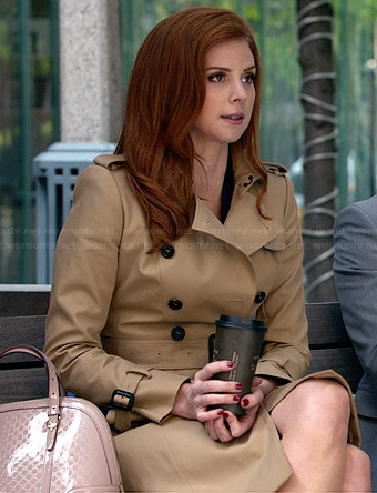 Donna's trench coat and pink dome bag on Suits