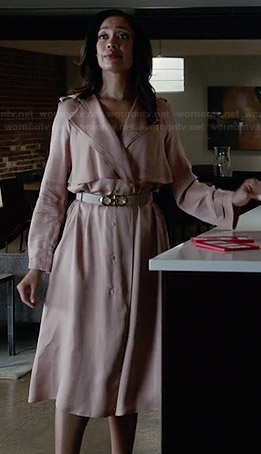 Jessica's light pink coat on Suits
