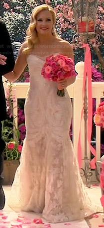 Melissa's wedding dress on Melissa and Joey