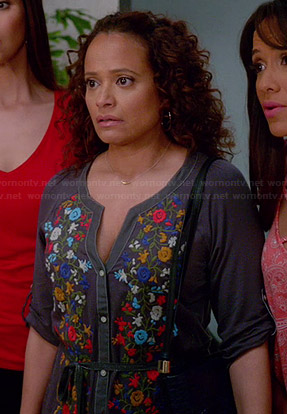 Zoila's floral embroidered shirtdress on Devious Maids