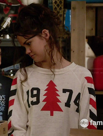 """Callie's """"1974"""" Sweater on The Fosters"""