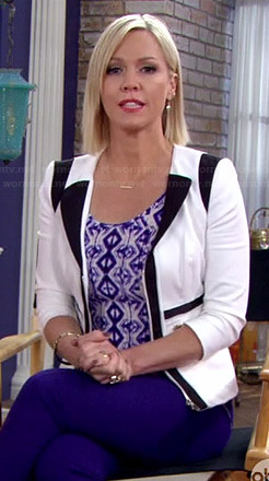 Charlie's black and white colorblock blazer on Mystery Girls