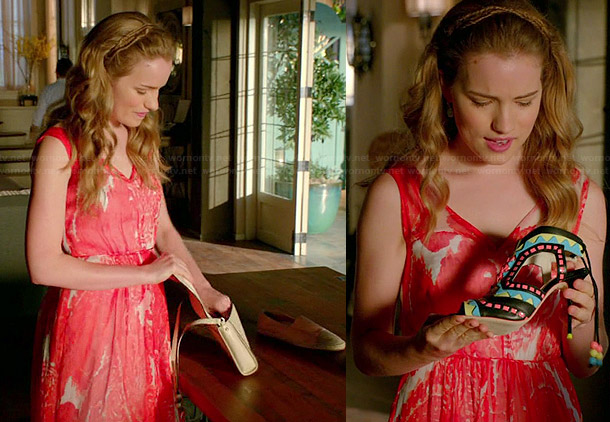 Emma's red and white paisley print dress and canvas flats on Royal Pains