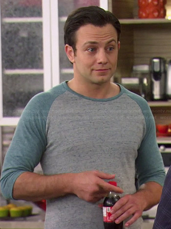 Josh's grey and blue baseball tee on Young and Hungry