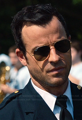 Kevin's aviator sunglasses on The Leftovers