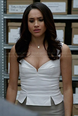 Rachel's white split hem top and fox necklace on Suits