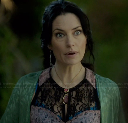 Wendy's lace inset tank top and green kimono jacket on Witches of East End