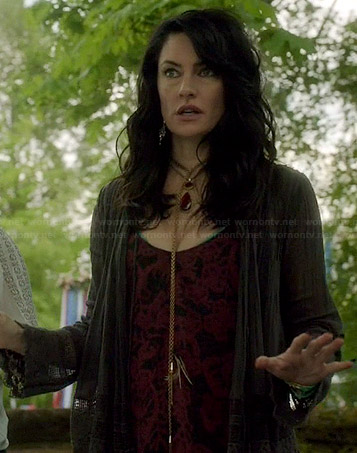 Wendy's red and black patterned top and lace trim cardigan on Witches of East End