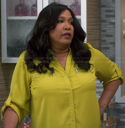Yolanda's yellow zip pocket shirt on Young and Hungry