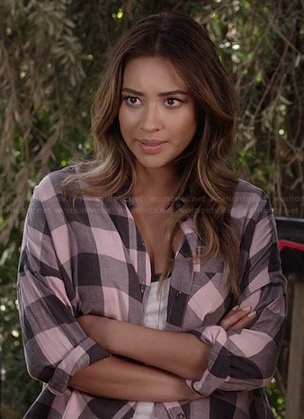 Emily's pink buffalo check shirt on Pretty Little Liars