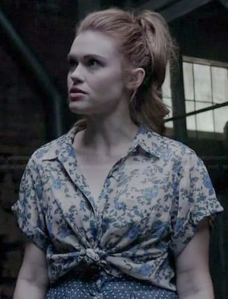 Lydia's blue floral tie front shirt and polka dot skirt on Teen Wolf