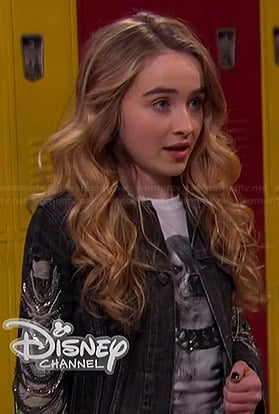 Maya's dog tee with studded collar on Girl Meets World