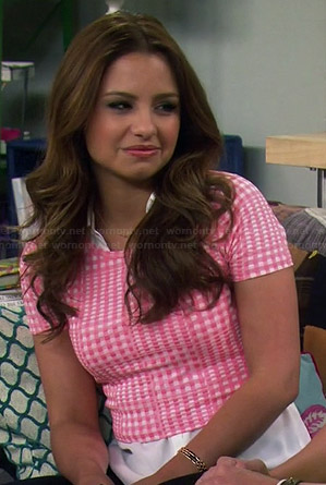 Sofia's pink checked crop top on Young and Hungry
