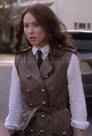 Spencer's sleeveless trench on Pretty Little Liars