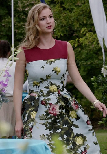 Emily's blue floral dress with red yoke on Revenge