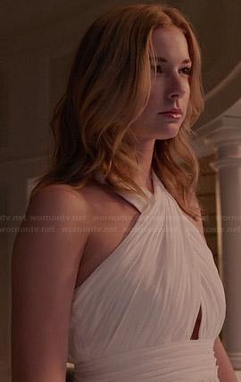 Emily's white cross front gown on Revenge