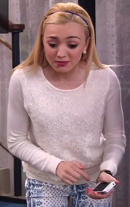Emma's white lace front sweater and blue and white printed jeans on Jessie