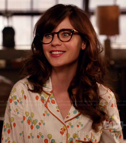 Jess's balloon print pajamas on New Girl