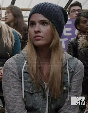Malia's denim jacket with grey sleeves on Teen Wolf