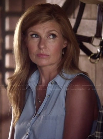 Rayna's sleeveless chambray tie front shirt on Nashville
