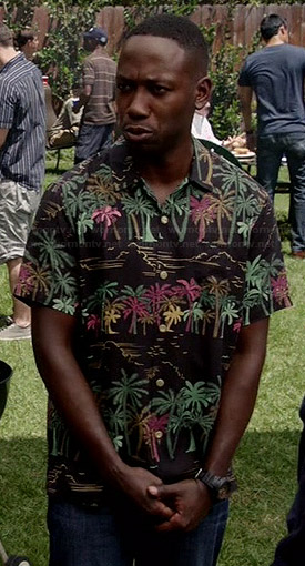Winston's black tropical palm tree print shirt on New Girl