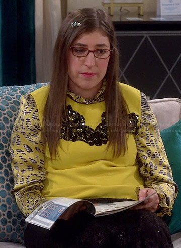 Amy's yellow lace inset shell and printed shirt on The Big Bang Theory