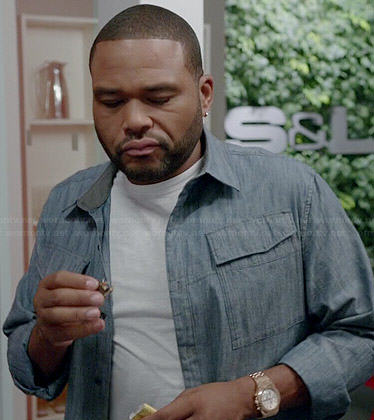 Andre's chambray shirt on Black-ish