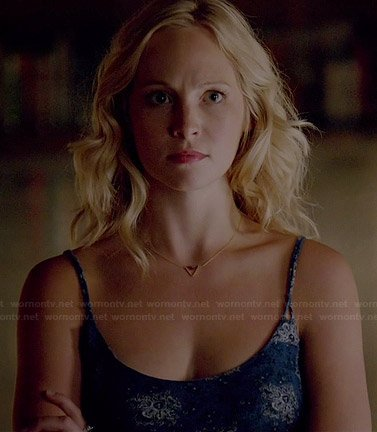 Caroline's blue printed cami and triangle necklace on The Vampire Diaries