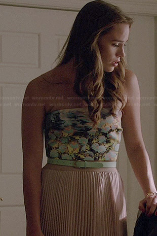Charlotte's floral strapless top and pleated maxi skirt on Revenge