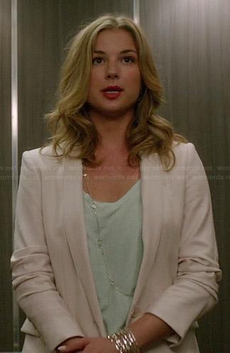 Emily's mint green top and white blazer on Revenge