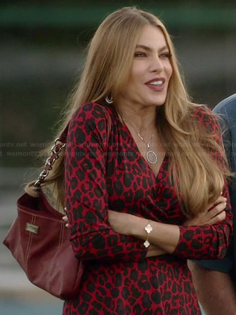Gloria's red leopard print wrap top on Modern Family