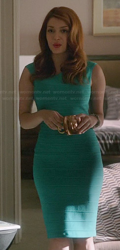 Louise's turquoise green bandage dress on Revenge