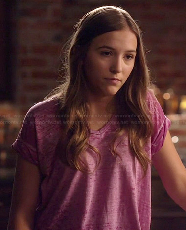 Maddi's purple v-neck burnout tee on Nashville