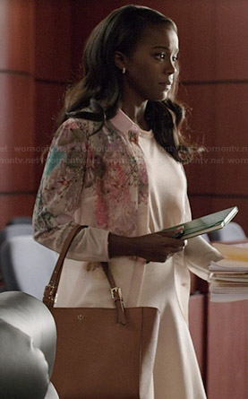 Michaela's floral peter pan collared shirt and tan bag on How to Get Away with Murder