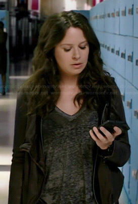 Quinn's grey burnout v-neck tee on Scandal