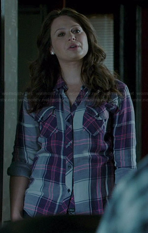 Quinn's purple plaid shirt on Scandal