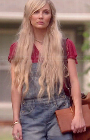 Scarlett's red lace top and denim overalls on Nashville