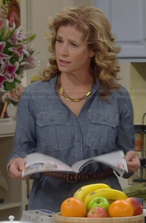 Vanessa's blue chambray shirtdress on Last Man Standing