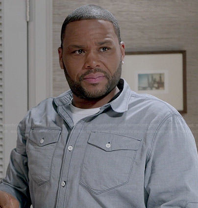 Andre's light wash chambray shirt on Black-ish