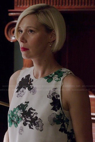 Bonnie's white and green floral top on How to Get Away with Murder
