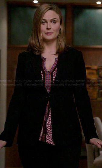 Brennan's red patterned top on Bones