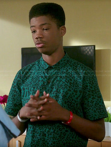 Dash's green leopard print shirt on Red Band Society